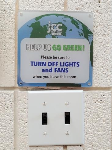 20190809_Light switch sign