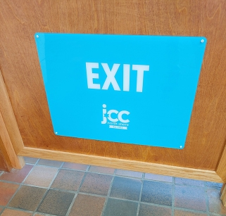 20200224_Exit sign